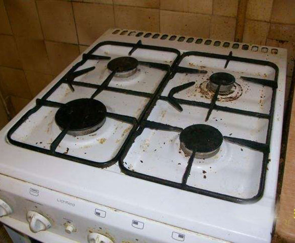 A hob before being cleaned